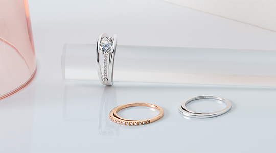 Evolym Diamond Ring and Matching Wedding Bands